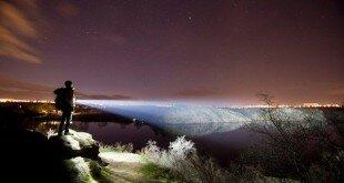 8368748_repulsor-handsfree-flashlights-has-a-staggering_teebe606f